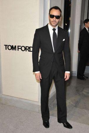 Tom-Ford-Terno-preto